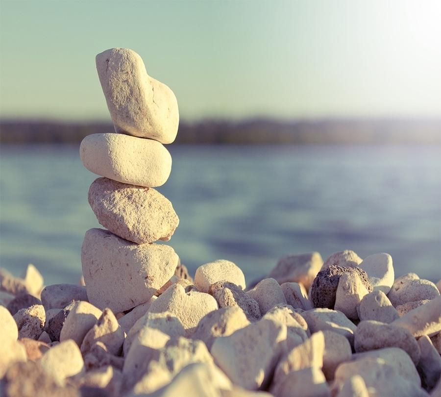 3D Фотообои Фотошторы «Камни на берегу»