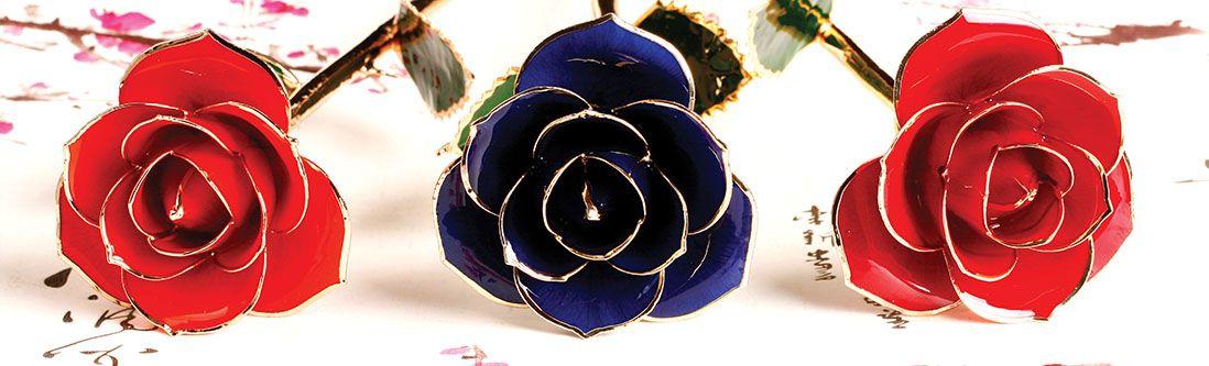 Модульная картина «Керамические розы с золотым тиснением»