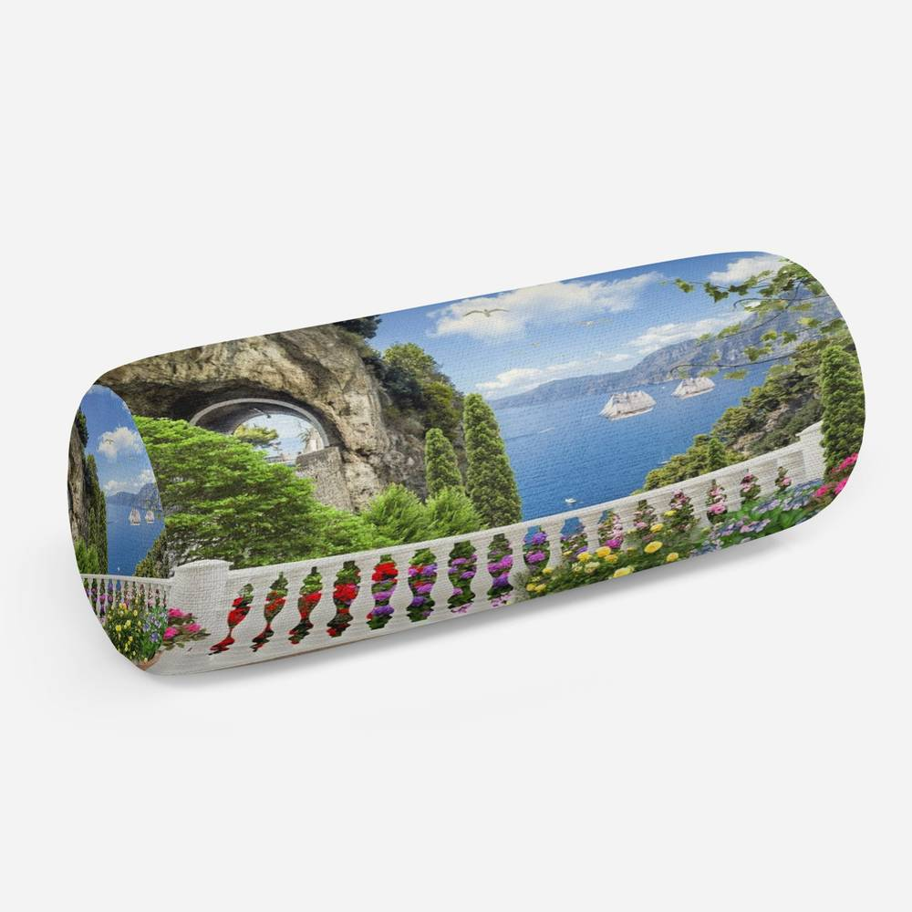 3D подушка-валик «Античный балкон с видом на парусники в заливе»