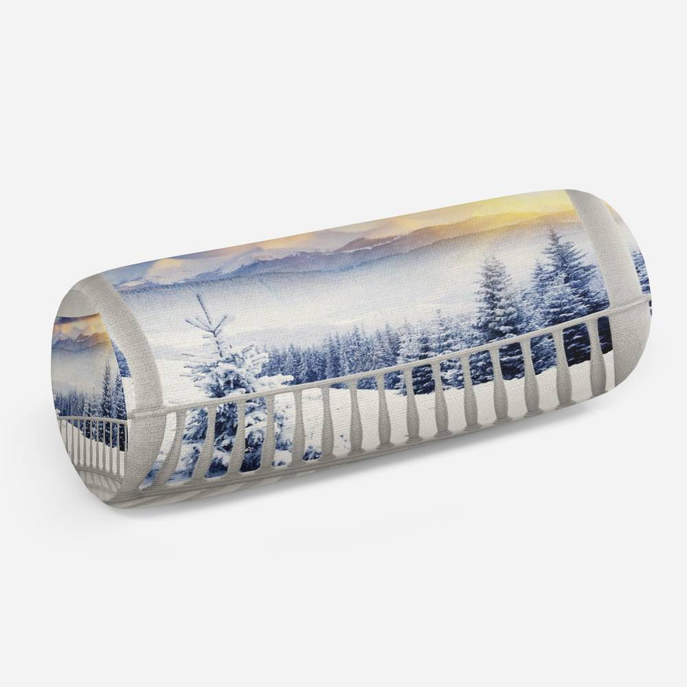3D подушка-валик «Вид с балкона на зимний лес»