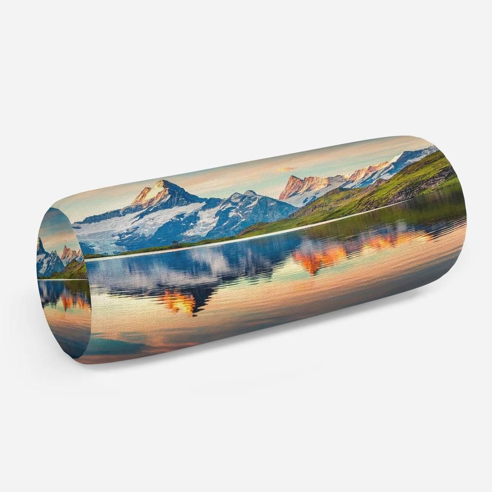 3D подушка-валик «Утренний горный пейзаж»