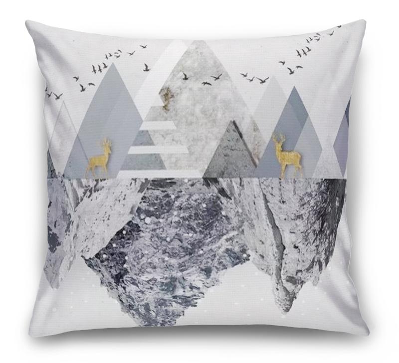 3D Подушка «Загадочные горы»