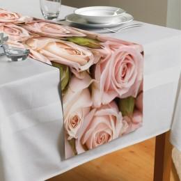Сервировочная дорожка «Кремовые розы»