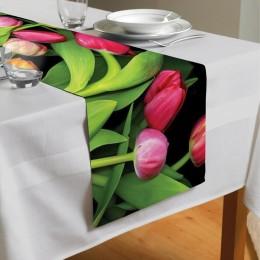 Сервировочная дорожка «Тюльпаны на темном фоне»
