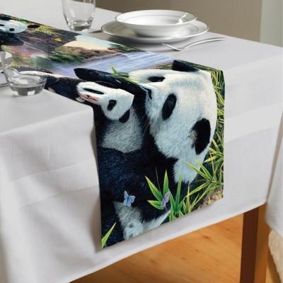 Сервировочная дорожка «Семейство панд»