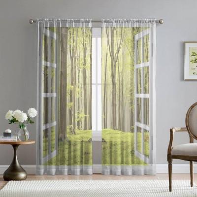 Фототюль «Окно с видом на зеленый лес»