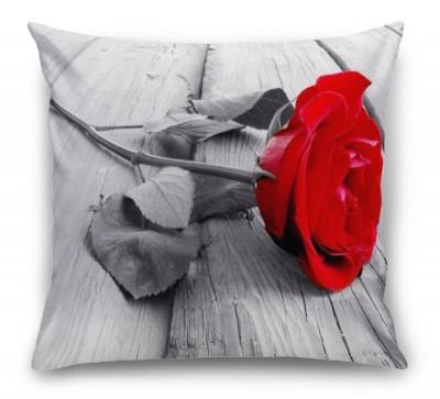 3D Подушка «Черно белое фото с красной розой»