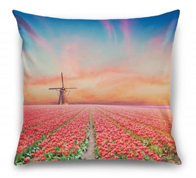 3D Подушка «Тюльпановое поле»
