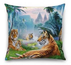 3D Подушка «Тигры у водопадов»