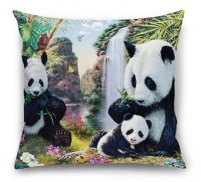 3D Подушка «Семейство панд»