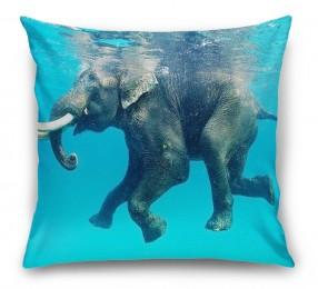 3D Подушка «Купающийся слон»