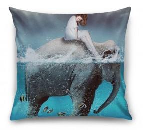 3D Подушка «Девушка на слоне»