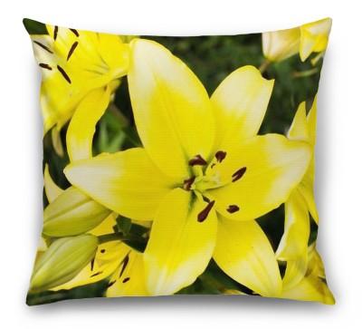 3D Подушка «Яркие желтые лилии»