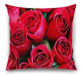 3D Подушка «Нежные бордовые розы»