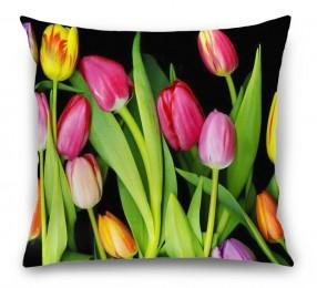 3D Подушка «Тюльпаны на темном фоне»