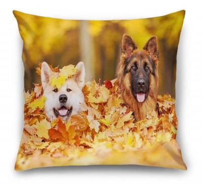 3D Подушка «Собаки в листьях»