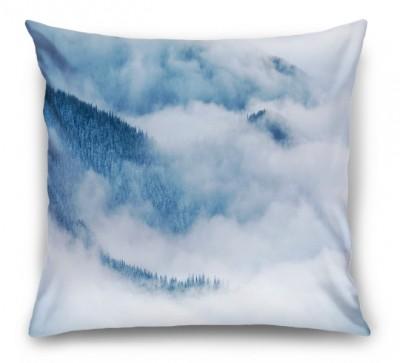 3D Подушка «Еловые склоны в голубом тумане»