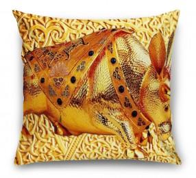 3D Подушка «Декорация с золотым быком в испанском стиле»