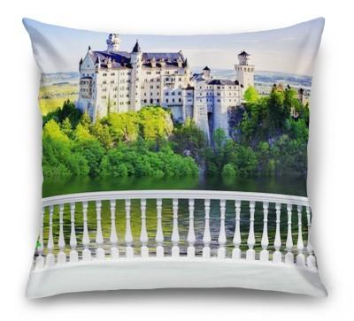 3D Подушка «Терраса с видом на замок»