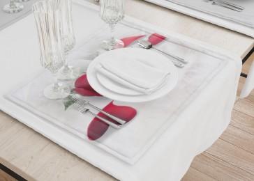 Сервировочные салфетки «Красные розы в перьях»