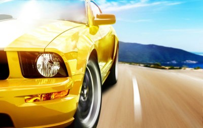 3D Фотообои «Быстрая желтая машина»