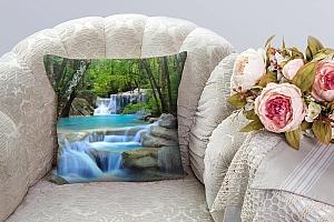 3D Подушка «Водопад в зеленом лесу»  вид 3