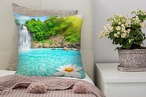 3D Подушка «Водопад с кувшинкой»