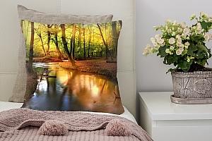 3D Подушка «Река в лесу»