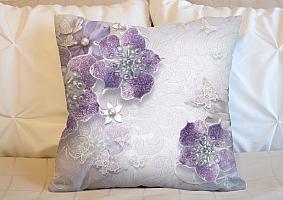 3D Подушка «Ювелирные фиолетовые цветы» вид 3
