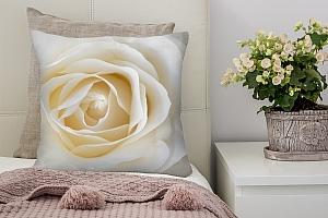 3D Подушка «Белая нежность»