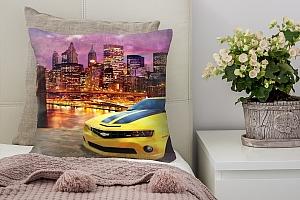 3D Подушка «Желтый Камаро на вечерней набережной»
