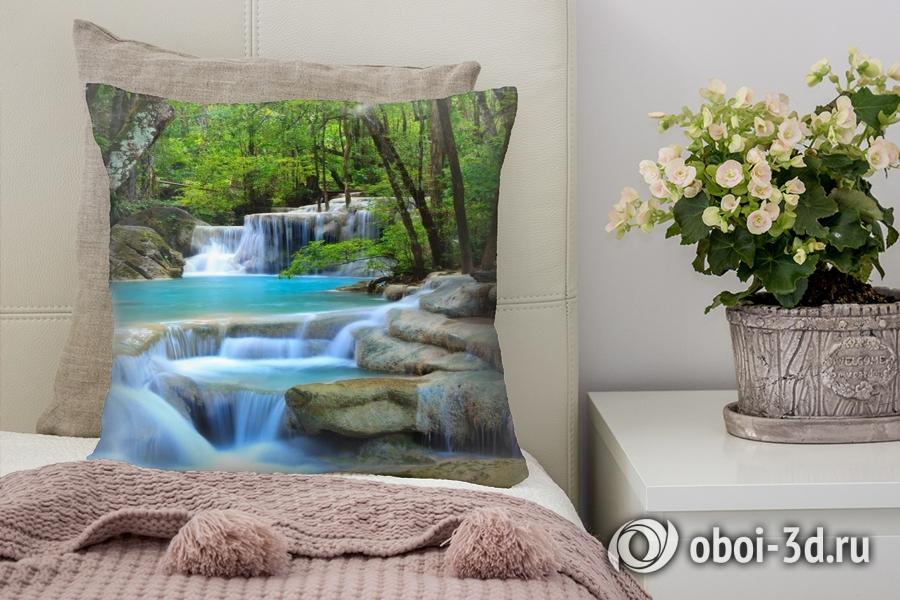 3D Подушка «Водопад в зеленом лесу»