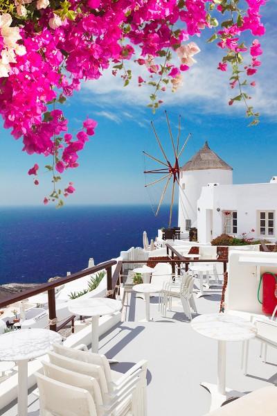 3D Фотообои 3D Фотообои «Яркие цветы на балконе. Санторини»